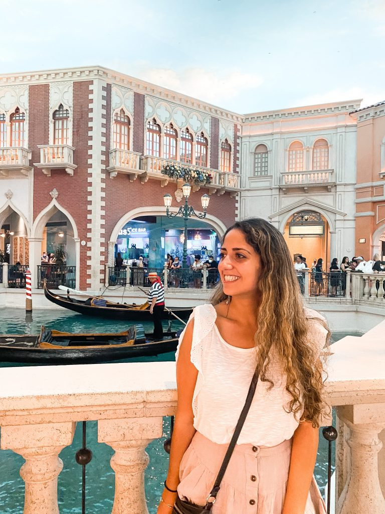 free attractions in las vegas- the venetian grand canal shoppes